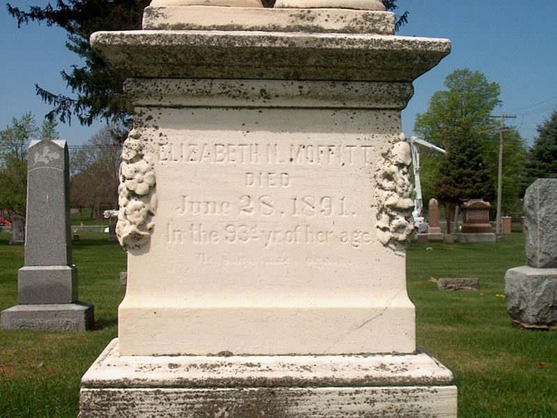 Headstone of Elizabeth Nicholl Moffitt
